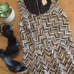Fun Geometric Black and White Dress Ruby Rox L